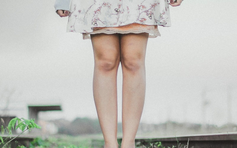 美脚になる方法は?短く見える原因や対策・スキンケア方法をまとめて解説
