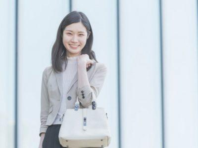 大人の女性におすすめ通勤服オフィスカジュアルブランド